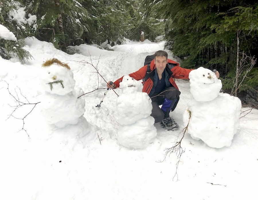 Making Friends on the Trail at Salmon Ridge Sno-Park, Mount Baker