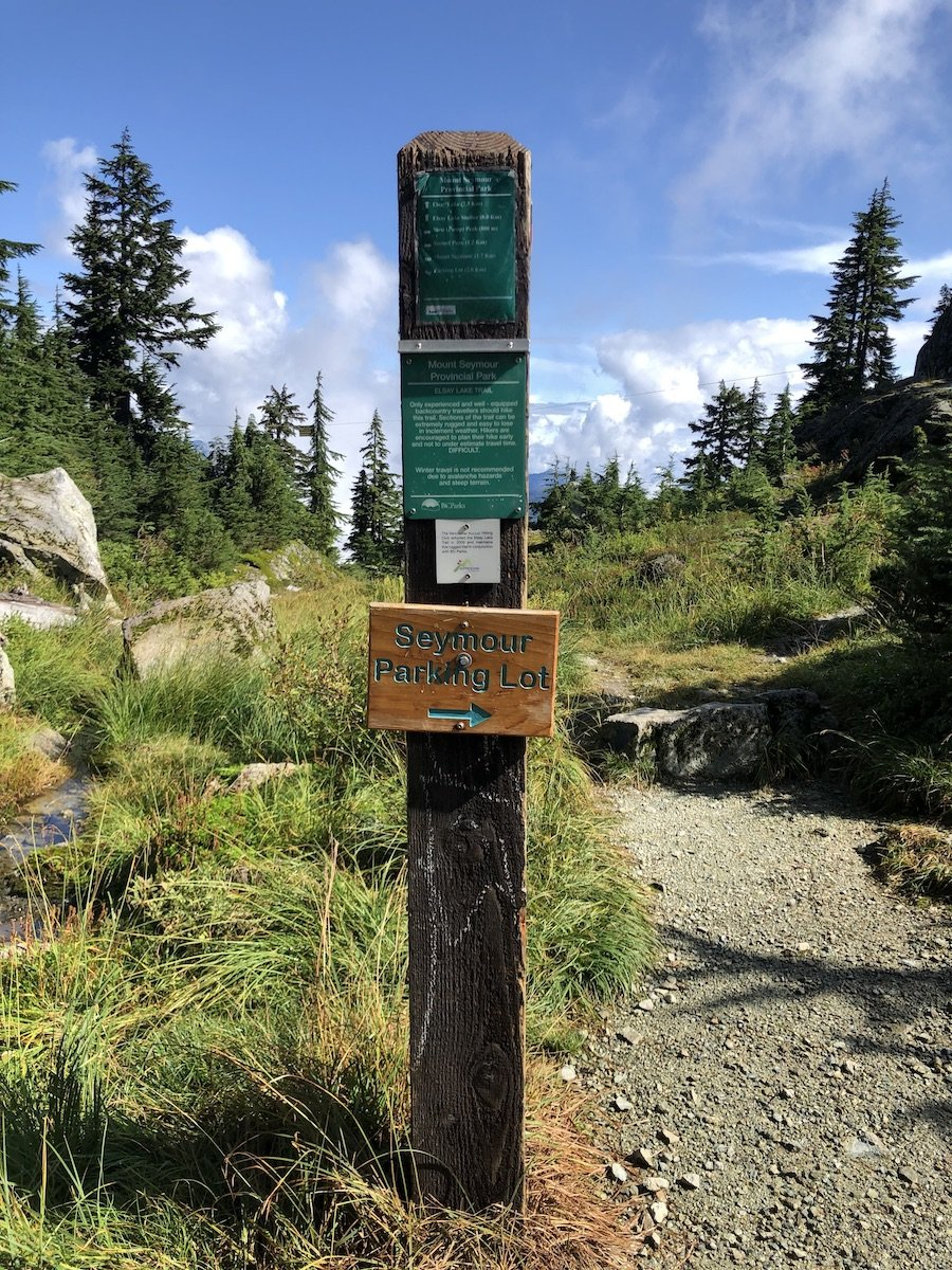 Elsay Lake Hiking Trail Sign Post