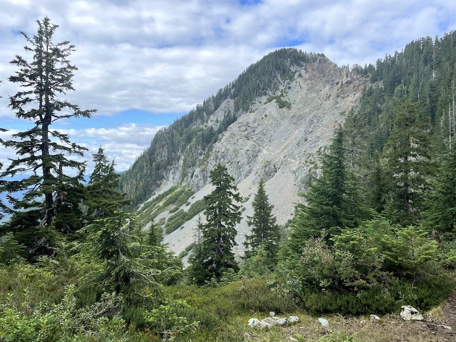 Another mountain view on the Golden Ears trail